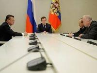 """Медведев: закон """"О милиции"""" регламентирует применение силы"""