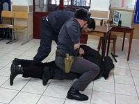 Арестован начальник отделения полиции, добивавшийся признаний резиновой палкой и гирей