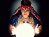 Суды согласились, что услуги шамана можно рекламировать без лицензии