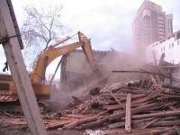 Возбуждено дело по факту гибели рабочего под развалинами дома