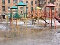За травму на детской площадке родители отсудили 30 тыс. руб.