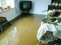 Управляющая компания выплатит 70 000 руб. собственнице затопленной квартиры