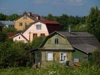 Жителю Енисейска в двух инстанциях не удалось убрать кустарники с участка с