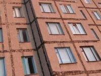 """Норильский мошенник """"недоустановил"""" горожанам окна на 1,6 млн.руб"""