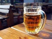 """ФАС оштрафовала фирму, ответственную за """"безвредную"""" рекламу пива"""