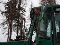 Работники Маклаковского ЛДК просят правоохранительные органы остановить рас