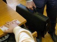 Начальника отдела налоговой инспекции будут судить за взятки
