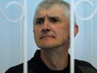 Защита Платона Лебедева пожаловалась КС на Чайку, не замечающего его постановлений