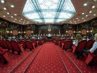 Акционеры ЮКОСа остаются без €1,8 млрд: что говорят стороны о решении КС