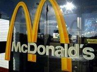 Студент взыскивает с McDonald's компенсацию в 150 000 руб. из-за кости в ролле
