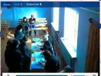 Село голосует, веб-камеры показывают