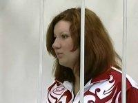 Суд оставил 8 лет колонии 23-летней москвичке Екатерине Заул, насмерть сбившей 5 человек на Land Rover