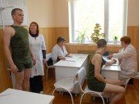 Призывник отсудил 200000 руб. у врачей, не нашедших болезнь, по которой его потом комиссовали
