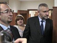 Приставы разрешили адвокату Фейгину выехать из России