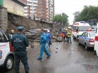 Родственники погибших при обрушении подпорной стены взыскивают компенсацию
