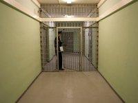 В красноярской колонии вскрыли себе вены этапированные заключенные