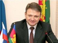 Правительство уже неделю изучает возможный конфликт интересов министра Ткачева