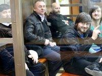 ВС смягчил приговор одному из осужденных за убийство Политковской, выследившему ее для киллера