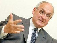 Отправленный в отставку глава Верховного суда Венгрии выиграл дело в ЕСПЧ, где раньше работал