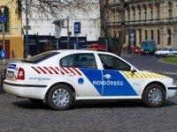 Суд Венгрии разрешил публиковать фотографии полицейских
