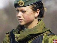 Норвегия стала первой европейской страной с обязательной воинской повинностью для женщин