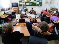Директор школы в Хакасии ответит за льготы за несуществующего педагога