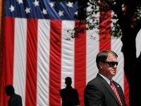 США вводят санкции против России и высылают 35 дипломатов