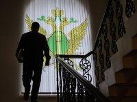 "Сотрудников столичного автосервиса судят за угон принадлежащей Генпрокуратуре ""Чайки"""