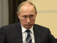 Путин уволил помощника Колокольцева и прокурора Ленобласти