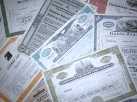 Правительство предложило исключить из обращения сберегательные книжки и сертификаты на предъявителя