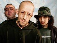 """Апелляция отменила блокировку сайта группы """"Кровосток"""", """"поднимающей темы"""" насилия и наркотиков"""