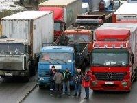 Наблюдатели сообщают о перекрытии МКАД дальнобойщиками - ГИБДД отрицает проведение акции