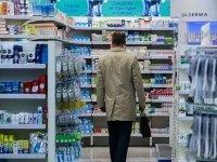 Правительство предложило обложить налогом спиртовые лекарства и косметику