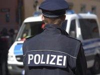 В Германии полицейских приняли за стриптизеров