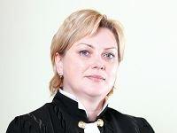 Судья Елена Янина