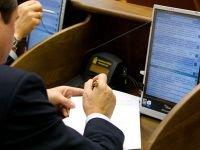 ЗС решит задействовать ли муниципалитеты в поддержке семьи