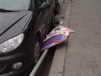 Водитель отсудил 200 000 рублей за отсутствующие дорожные знаки