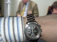 Возбуждено дело на американца, пытавшегося провезти в Домодедово часы и драгоценности на 25 млн руб.