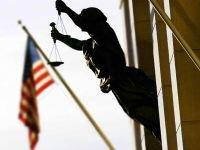 Директор Bank of America урегулировала дискриминационный спор с работодателем