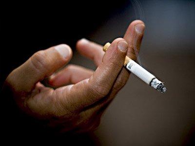 Курильщик, уснувший с зажженной сигаретой, осужден на 1,5 года за смерть соседских детей