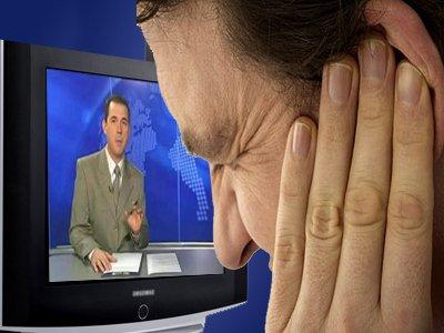 Суд на пять суток арестовал пенсионера, который громко ругался, смотря телевизор на своем балконе