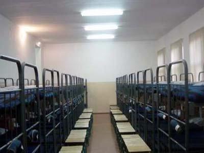 Суд арестовал 154 участка обвиняемого в обрушении казармы в Омске