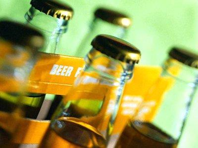 Судят охранников, избивших покупателя за отказ оплатить разбитые бутылки пива