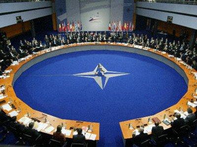 Черногория получила приглашение вступить в НАТО