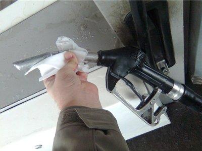 Правительство внесло в Госдуму поправки в НК о резком повышении акцизов на бензин, алкоголь и сигареты