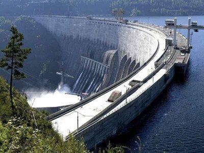 Бывшему директору Саяно-Шушенской ГЭС предъявлено обвинение по ч. 2 ст. 143 УК РФ