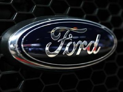 США и Германия расследуют взятки Ford российским таможенникам