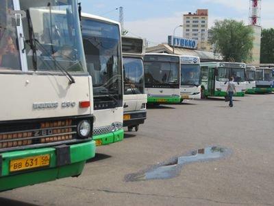 """Судят бизнесмена, дважды """"прокрутившего"""" взятые в лизинг автобусы, выручив 25 млн руб."""