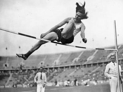 Вывод следствия: прыгунья на Олимпиаде в Германии - не женщина