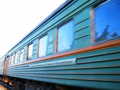 Судят следователя СКР, снявшего пассажира с поезда, чтобы ограбить его на 21 млн руб.